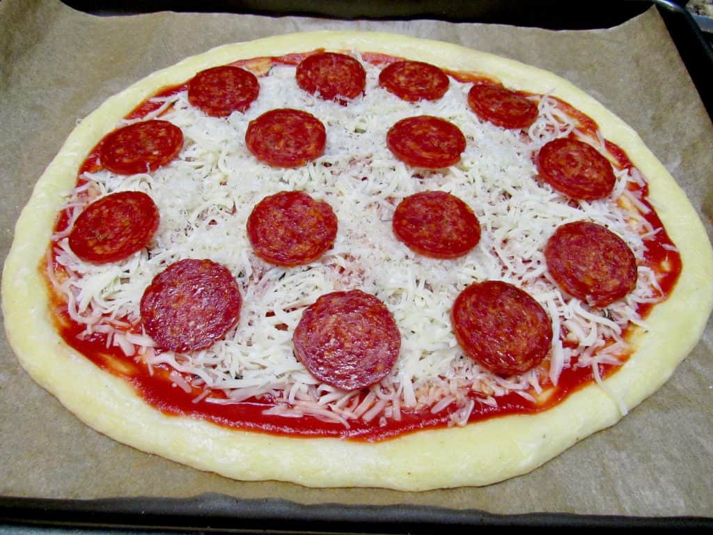 Fathead Pizza - Keto, Low Carb & Gluten Free