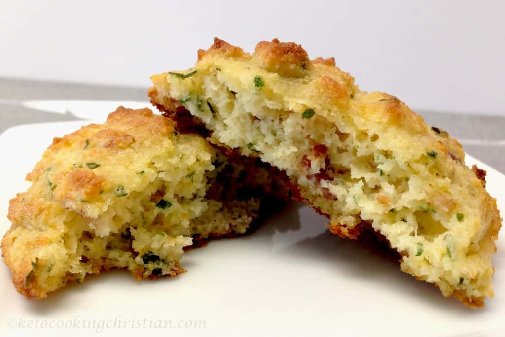 bacon cheddar drop biscuits keto low carb gluten free