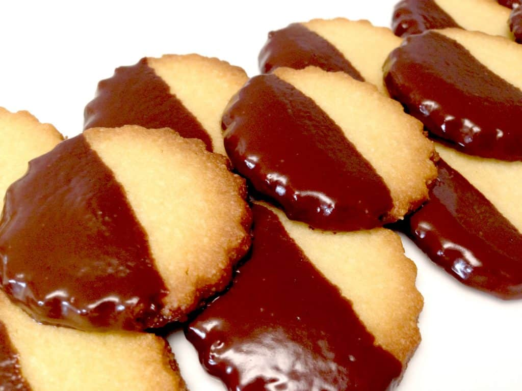 chocolate dipped shortbread cookies low carb keto gluten free