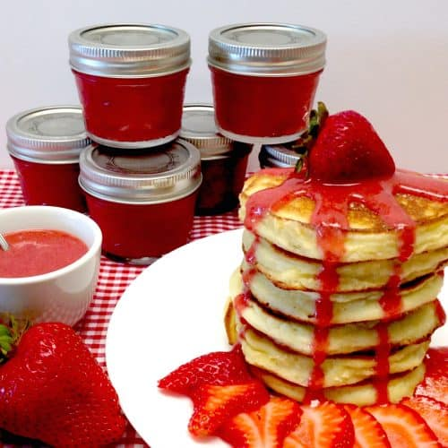 Fluffy Pancakes with Strawberry Sauce - Keto, Low Carb & Gluten Free