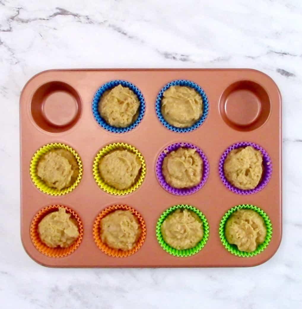10 unbaked pumpkin cupcakes