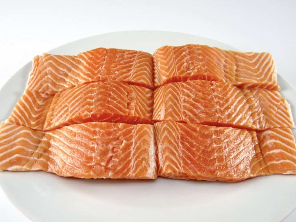 6 pieces of salmon