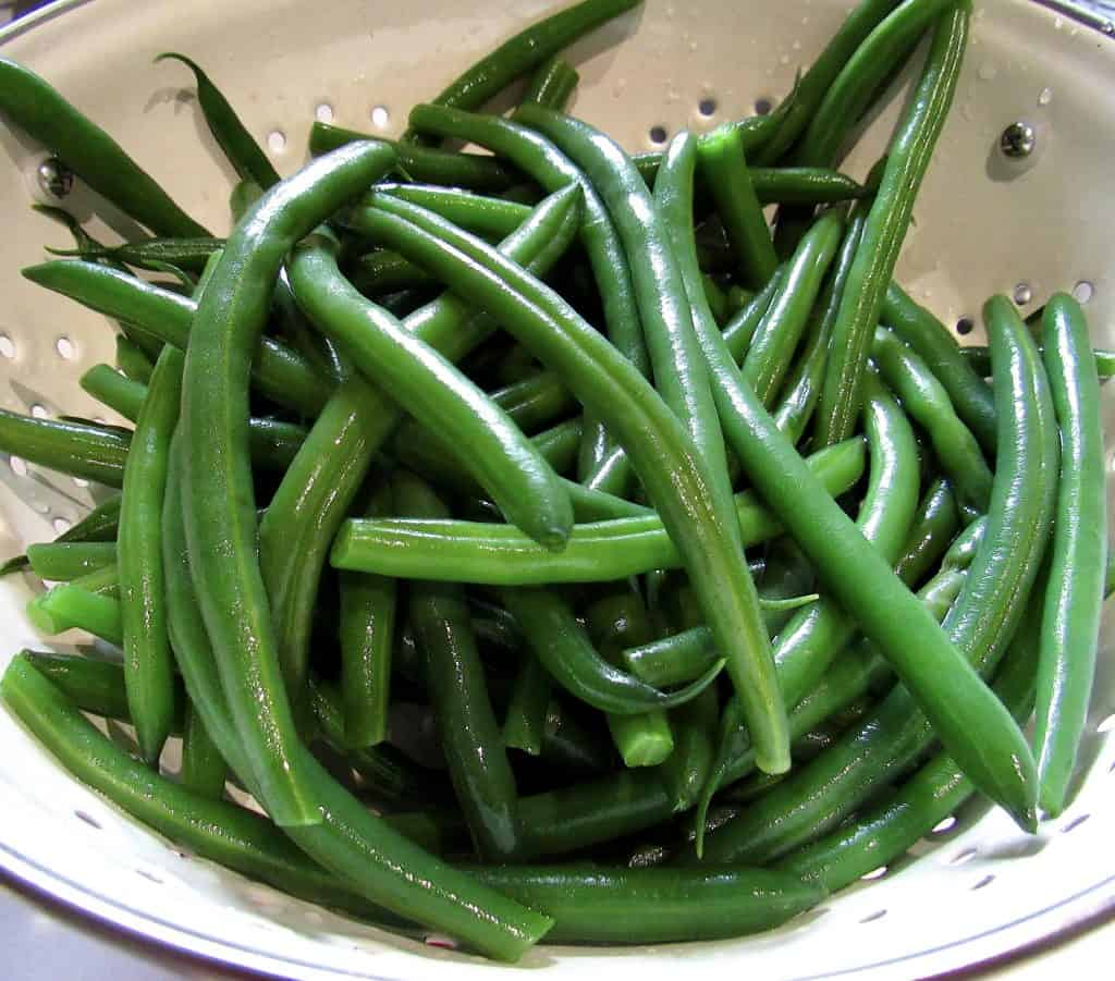 green beans cooked in collander