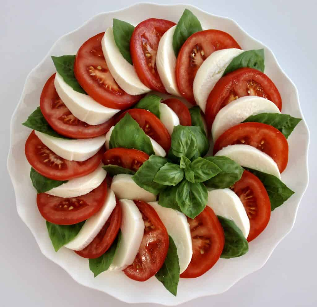 Caprese Salad without dressing