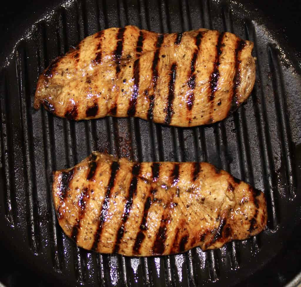 grilled chicken in grill pan