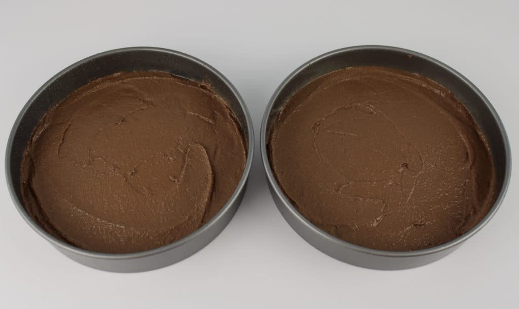 2 cakes pans with Keto chocolate cake mix
