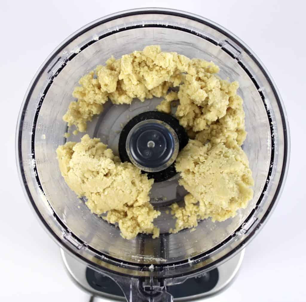 pie crust dough in food processor