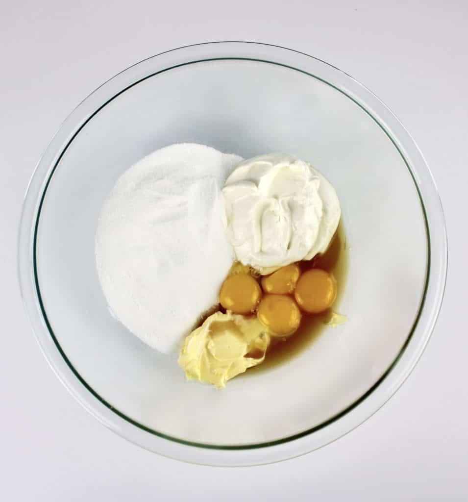 keto shortcake wet ingredients unmixed in bowl